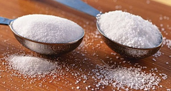 Mix-Salt-And-Sugar-Before-Going-To-Bed-The-Effect-Is-Incredible