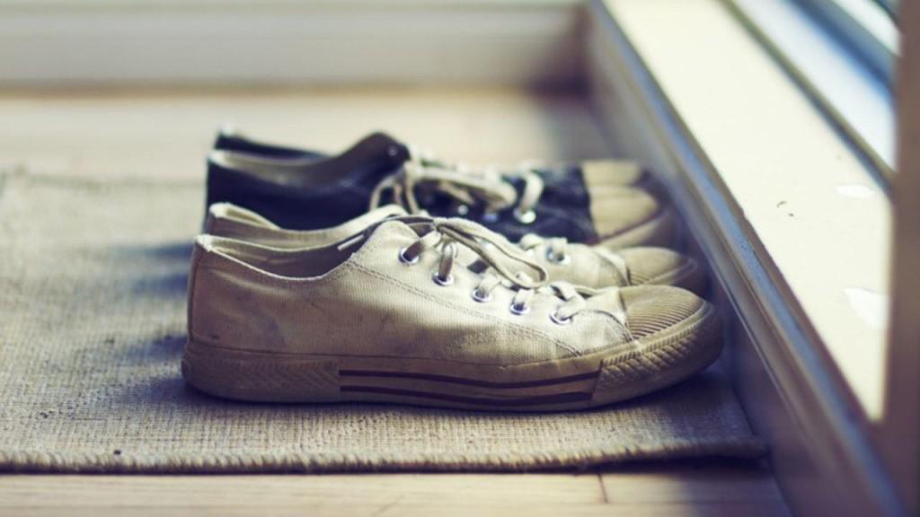 shoe-free-home-1024x576