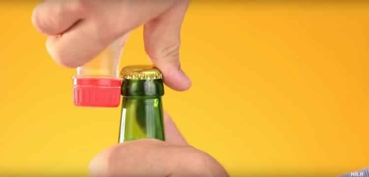 plastic-bottle-opener