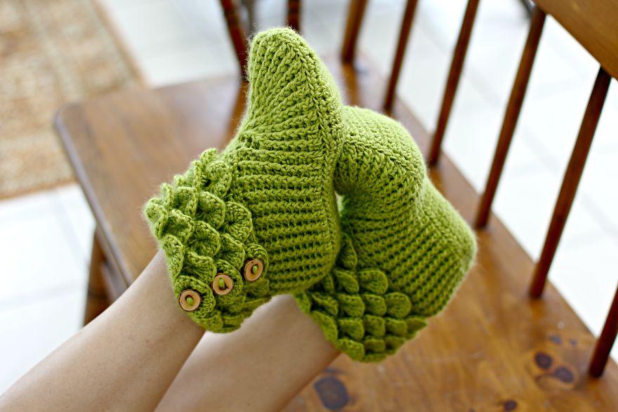 dragon-feet-1
