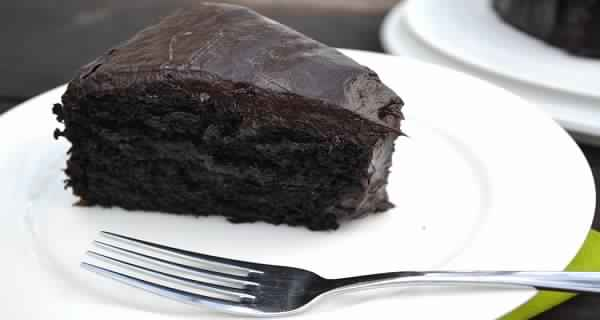 how-to-make-chocolate-cake-with-avocado-instead-of-eggs-and-butter