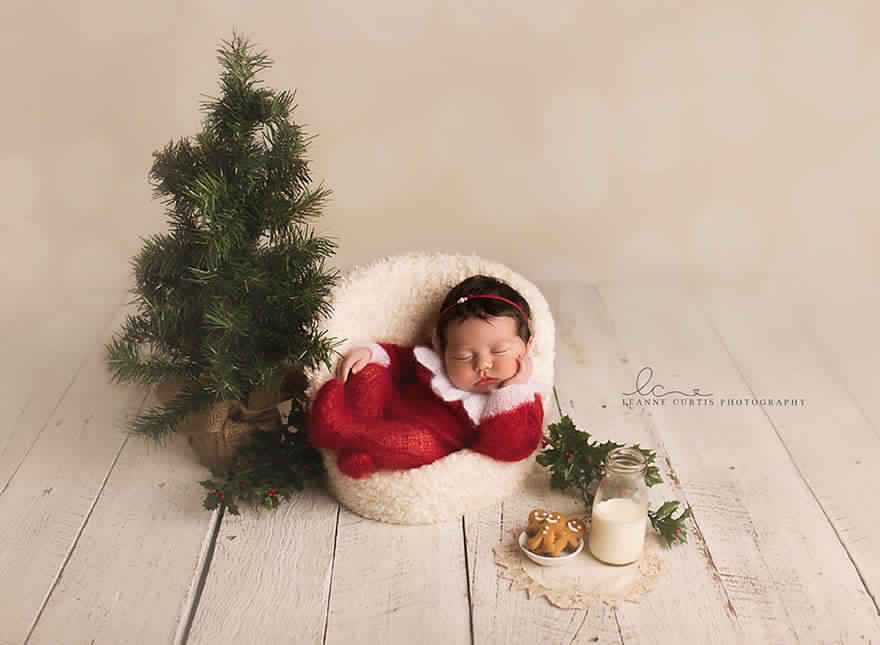 newborn-babies-christmas-photoshoot-knit-crochet-outfits-11-584ac7b13c2f5__880
