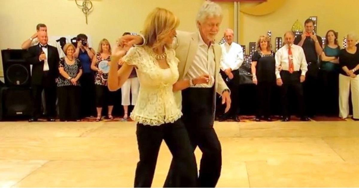 couple_dances_the_shag_featured