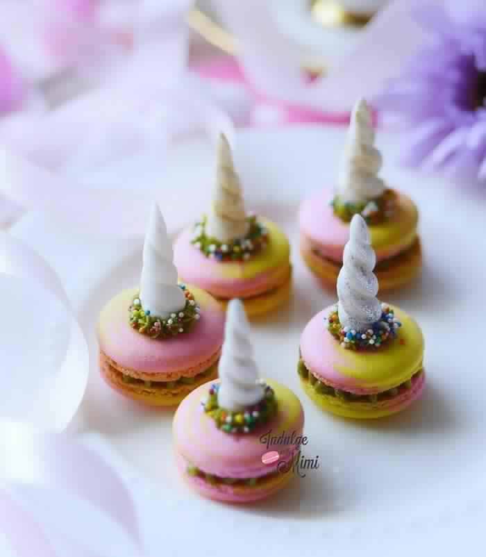 cute-unicorn-macarons-11-586e473b3515f__700