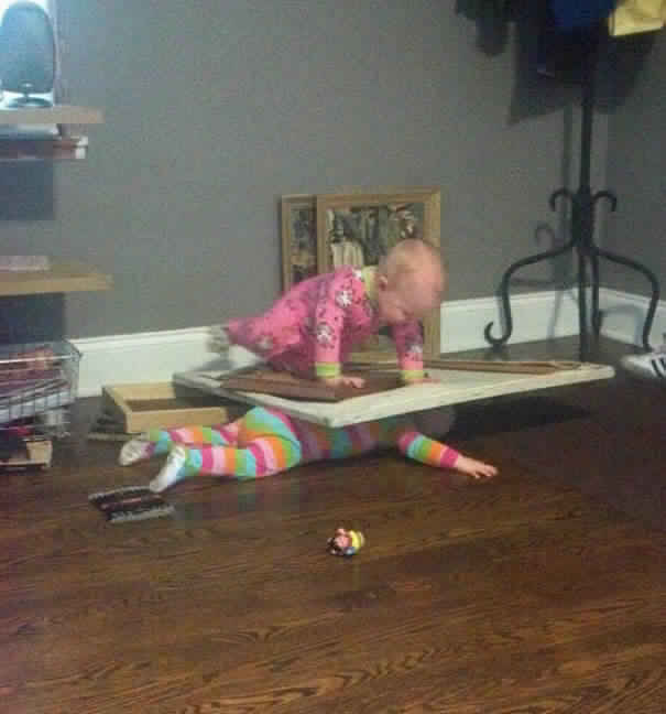funny-baby-parenting-moments-33-57fcce3e6aa15__605