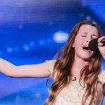Quand elle a annoncé le morceau qu'elle allait chanté, ils ont rigolé, mais quand ils ont entendu les premières notes ...