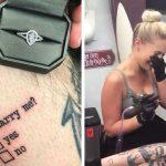 Un tatoueur demande sa copine en mariage de la façon la plus risquée en se tatouant des cases « oui » ou « non » sur la jambe