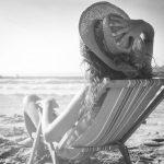 Vous aimez rester seule? Les chercheurs révèlent ce que cela dit en dit long sur votre personnalité