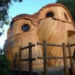 Vous pouvez dormir dans ces cabanes de chouettes en France gratuitement, et leur intérieur est beau que l'extérieur