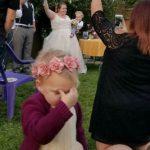 10 photos hilarantes d'enfants lors de cérémonies de mariage