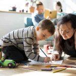 Les parents qui élèvent de bons enfants font ces 5 choses, selon les psychologues de Harvard