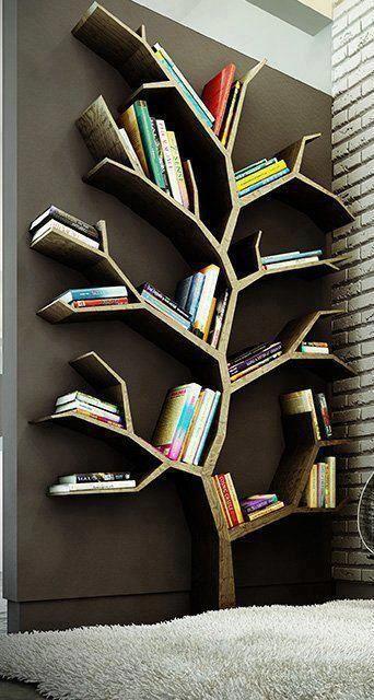 Book-Shelf-in-Tree-Shape