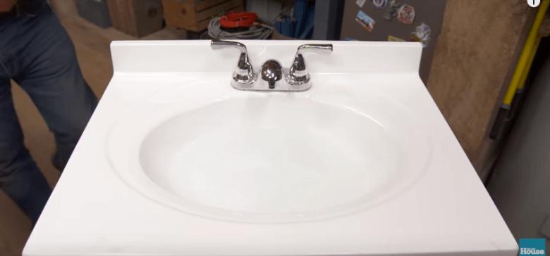 Clogged-Sink-780x364