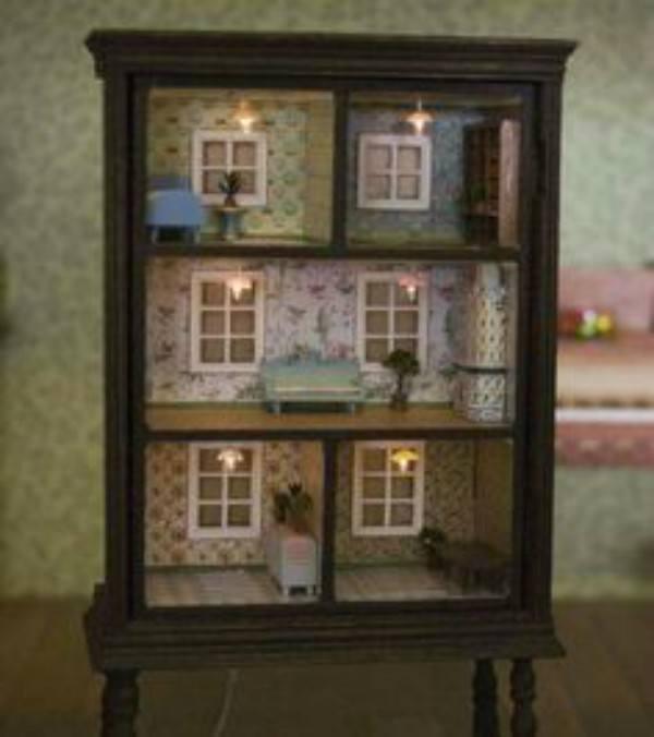DresserDollhouse-2