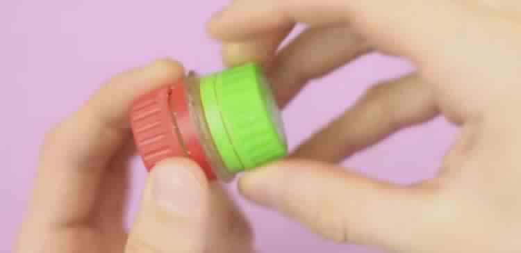 plastic-bottle-hacks