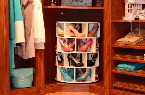 lazy-susan-shoe-rack