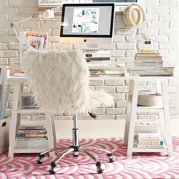 customize-it-acrylic-desk-o