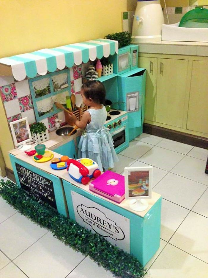 how-to-create-a-mini-cardboard-kitchen-for-you-toddler-9__700