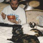 20 photos de Freddie Mercury et ses chats, qu'il aimait et traitait comme ses propres enfants